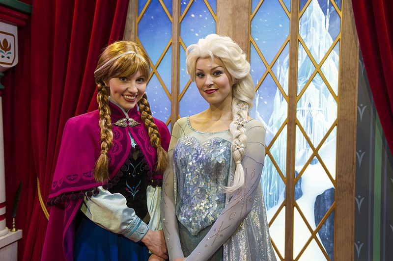 New anna and elsa meet and greet test using mymagic blog mickey new anna and elsa meet and greet test using mymagic m4hsunfo