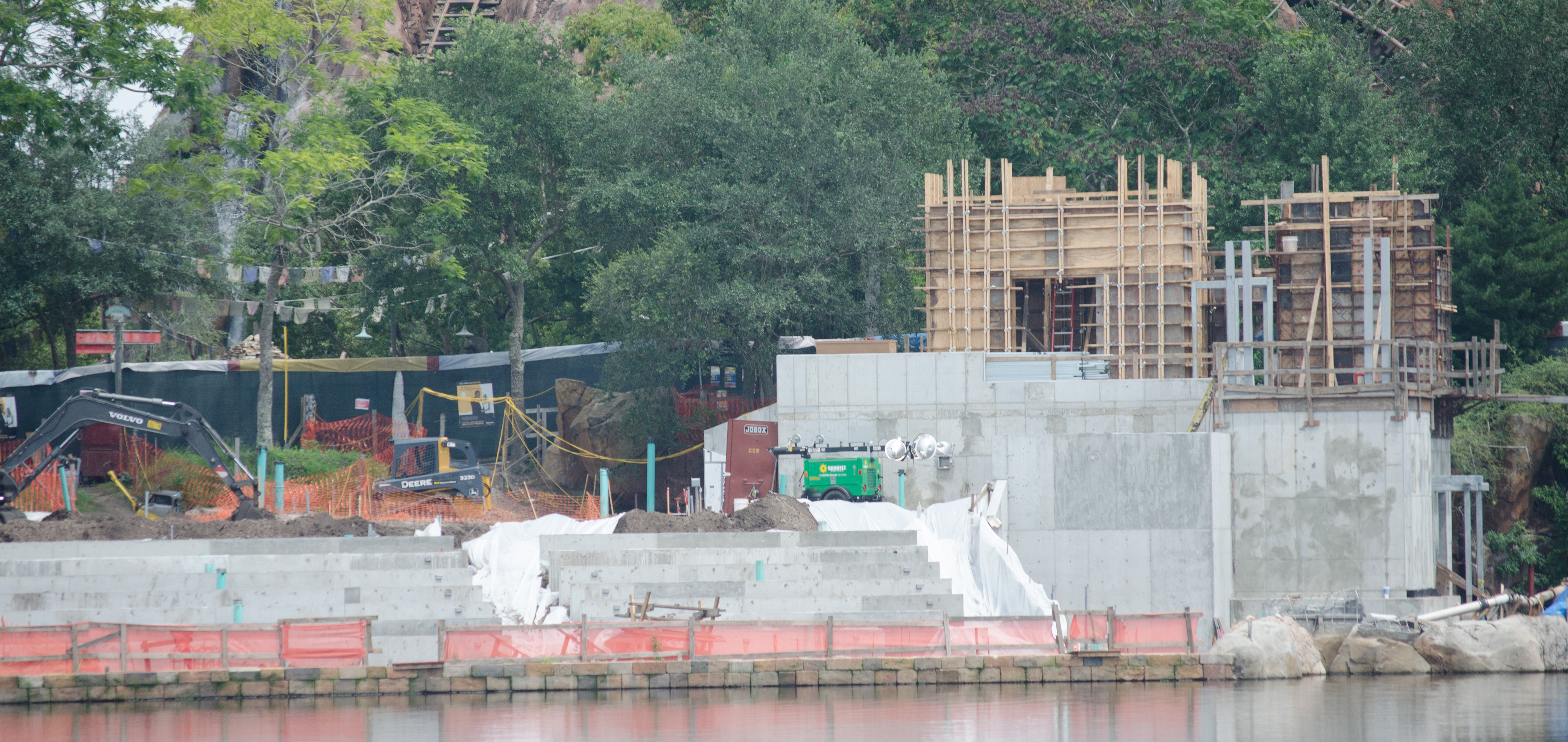 AnimalKingdom_08292015-29