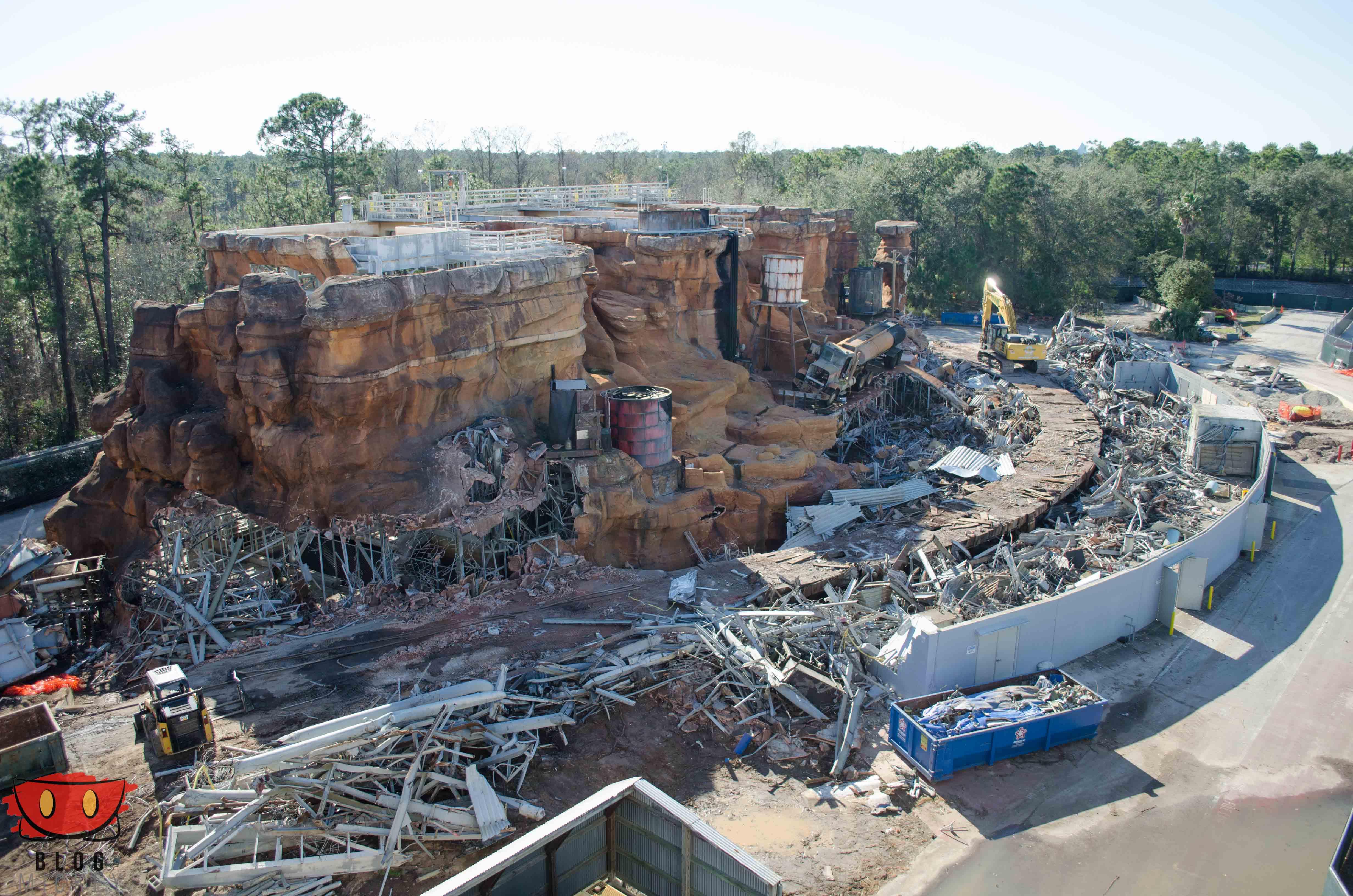 Photos: Catastrophe Canyon demolition - Blog Mickey
