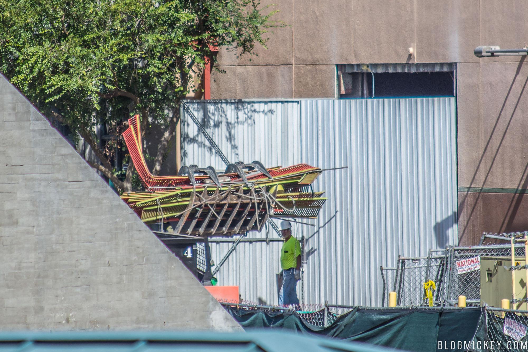 Roller Coaster Demolition : Photos demolition crews gutting the great movie ride