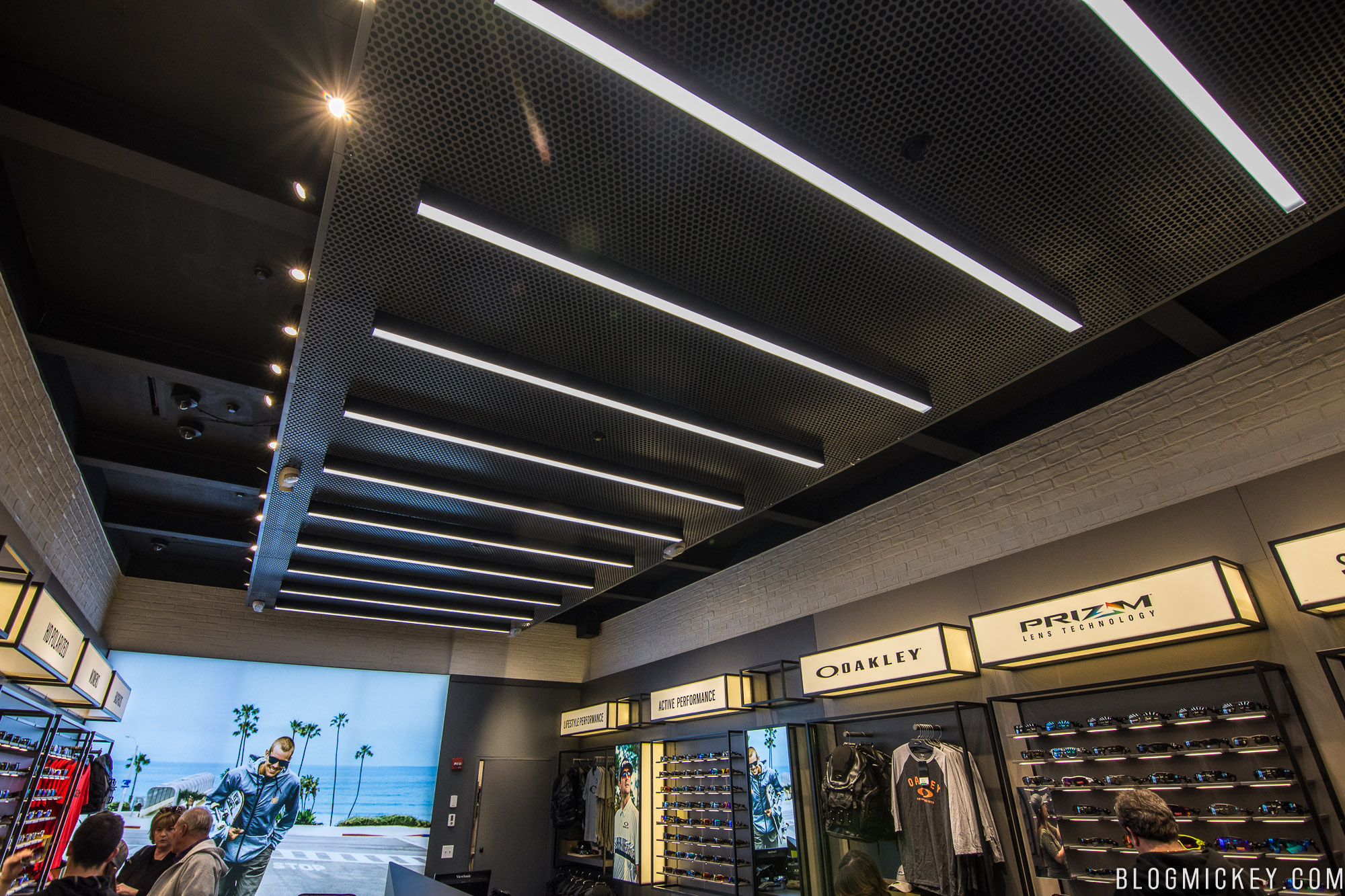 Sunglasses Oakley Store Hollywood Hours « Heritage Malta a6430b526b