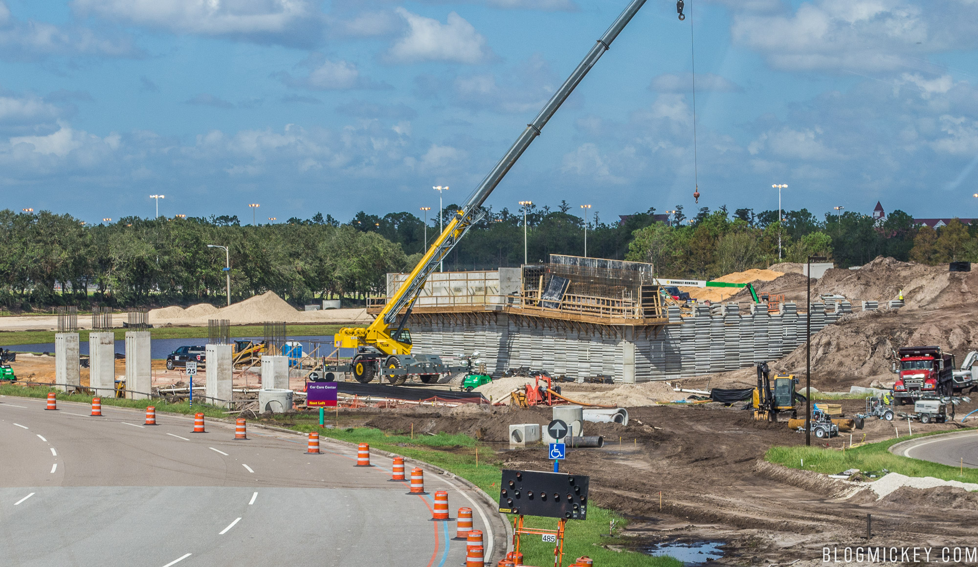 Photos world drive and magic kingdom overpass construction update photos world drive and magic kingdom overpass construction update october 2017 malvernweather Gallery