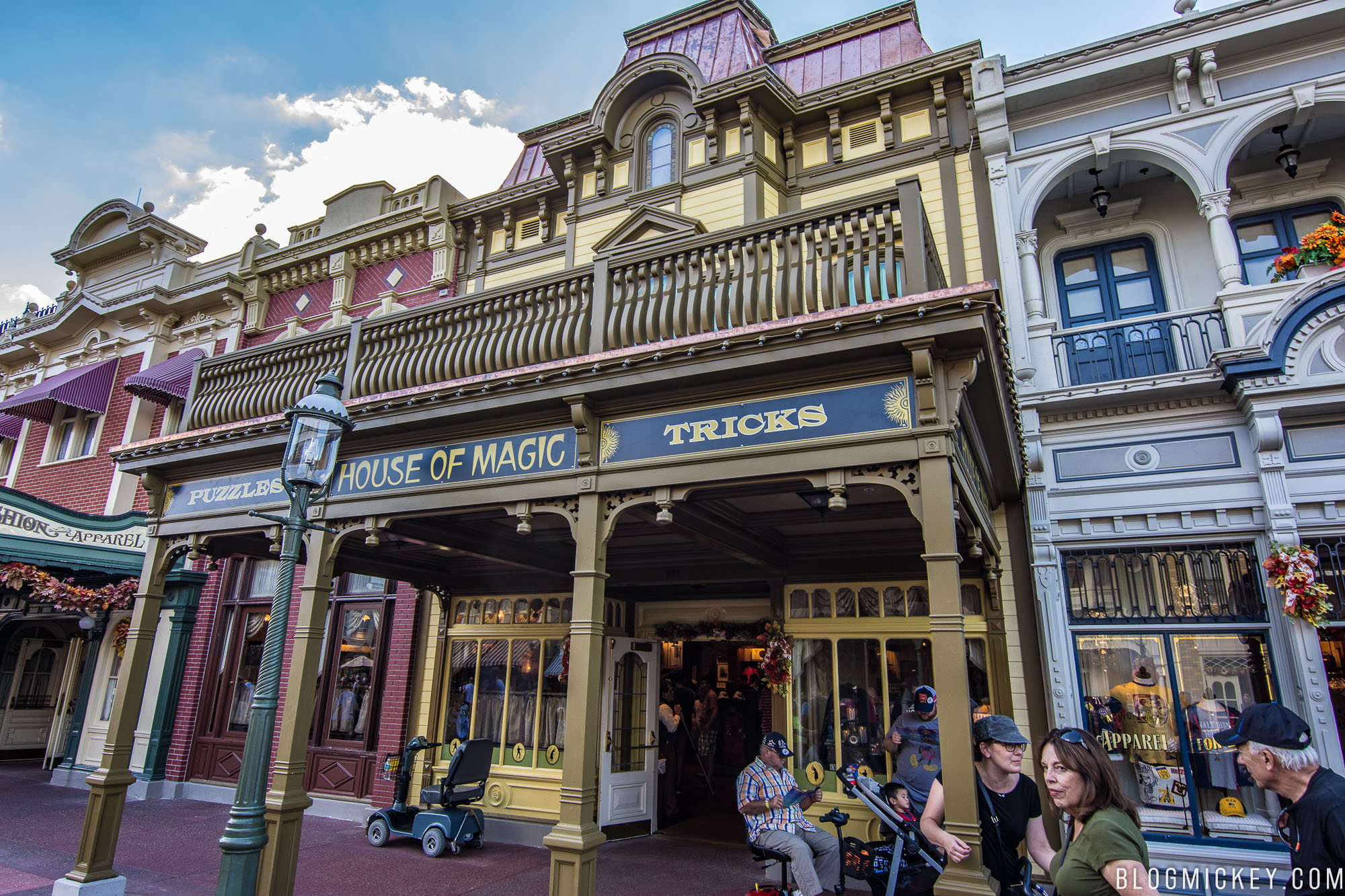 PHOTOS: House Of Magic Facade Returns To Main Street USA