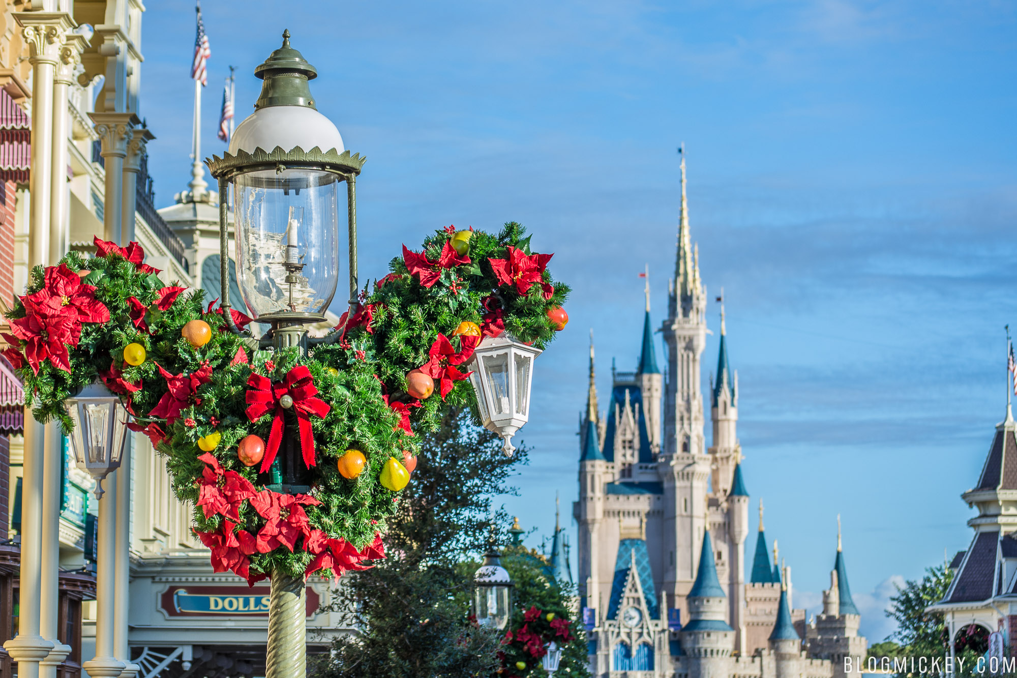 a day after the final not so scary halloween party concluded main street usa is getting in the christmas spirit with some decorations and music - Disney World Christmas Decorations 2017