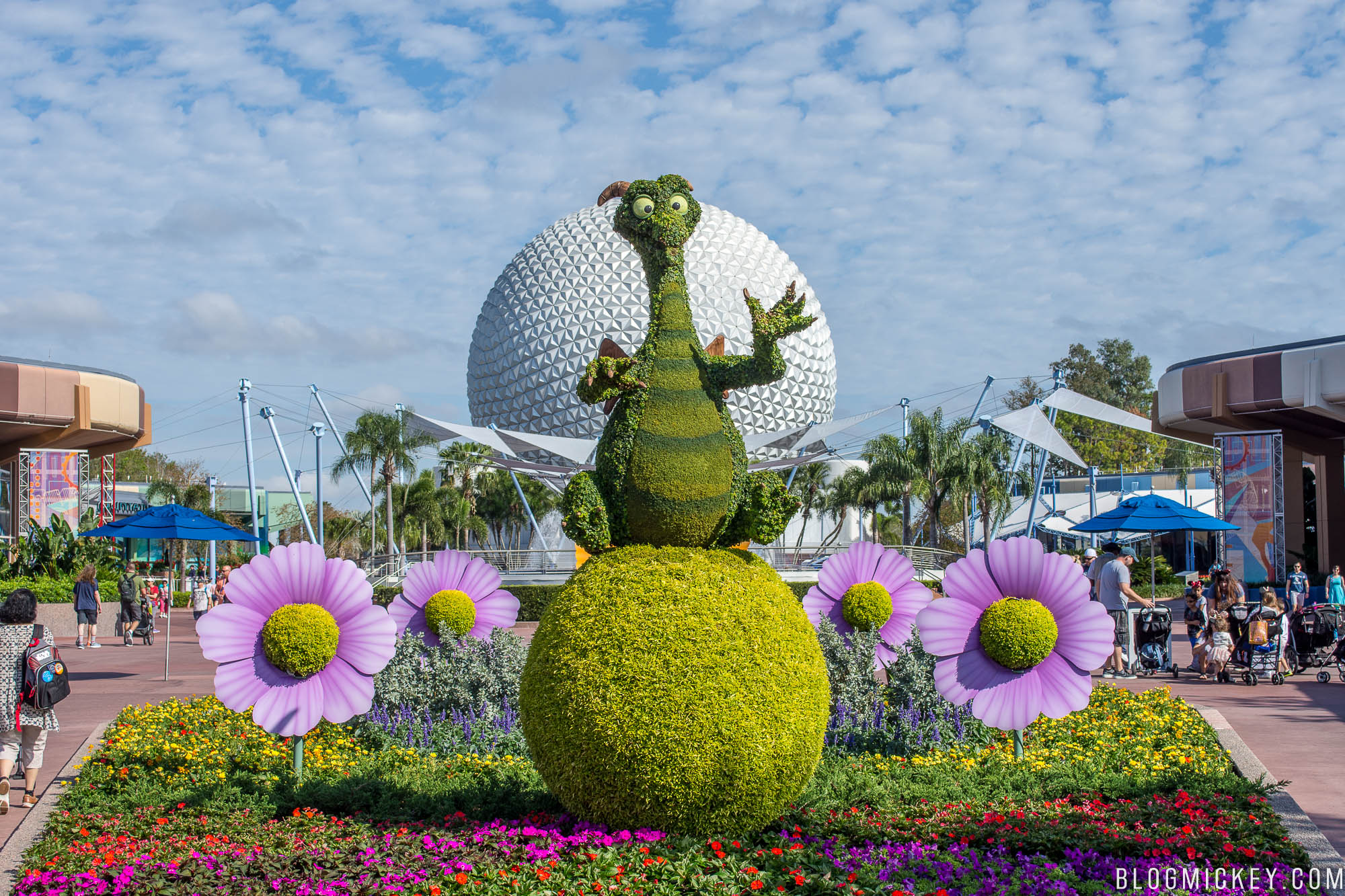 photos: 2018 flower and garden festival topiaries - blog mickey