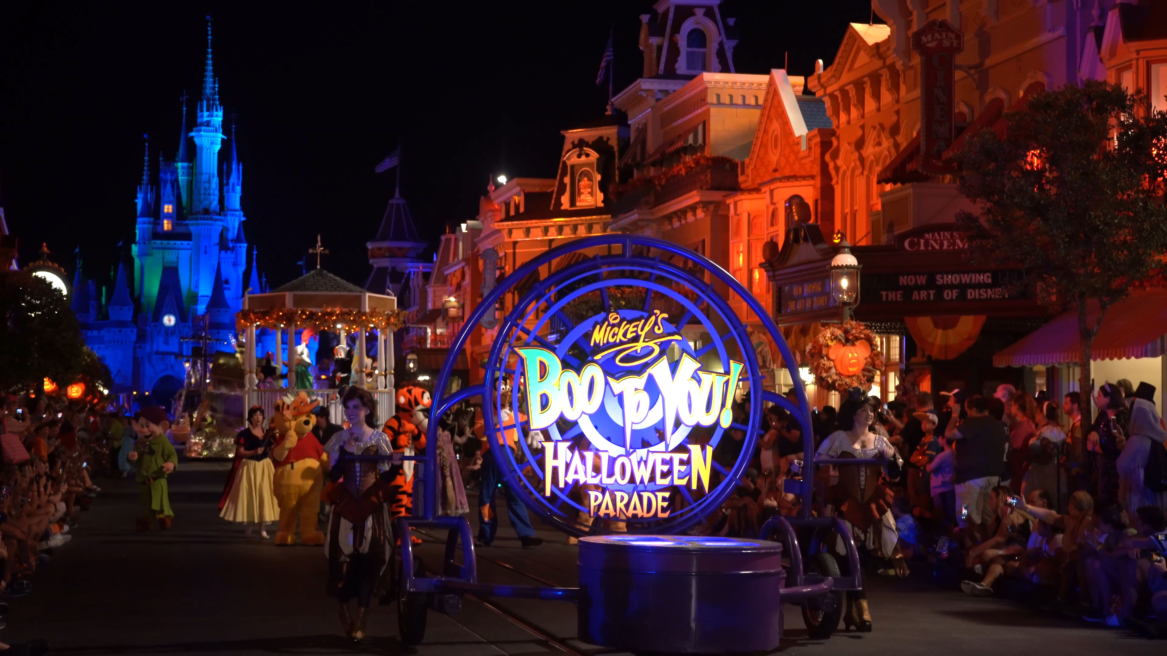 VIDEO: Full 2018 Mickey's Boo-To-You Halloween Parade