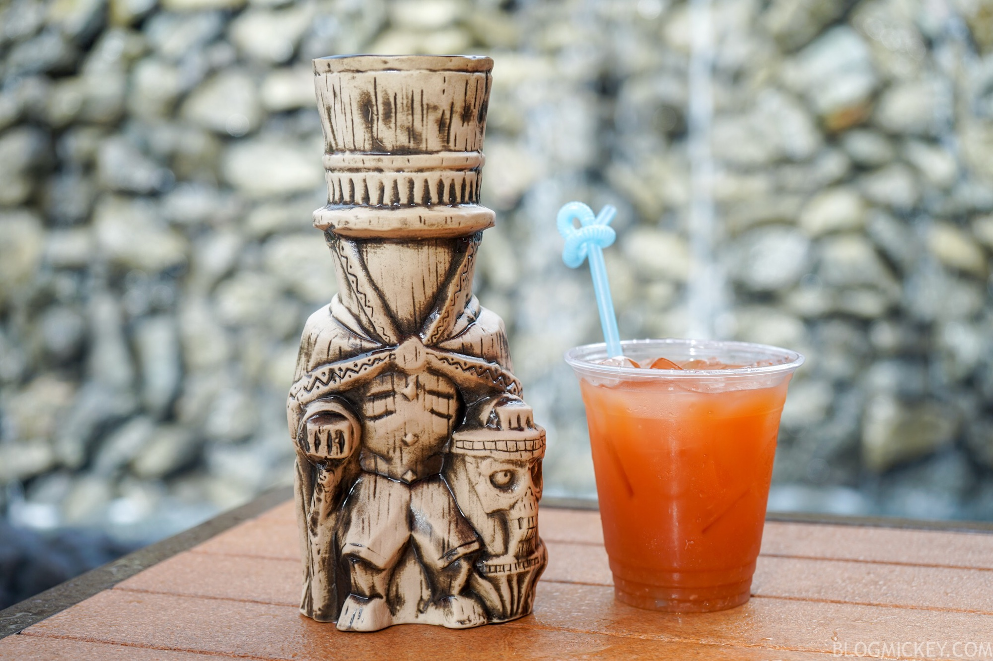 Trader Sams Grotto Halloween 2020 PHOTOS, REVIEW: Hatbox Ghost Tiki Mug Debuts for 2018 Halloween