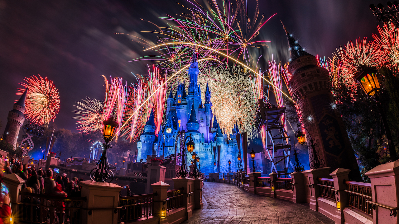new years eve fireworks and entertainment schedule at walt disney world blog mickey