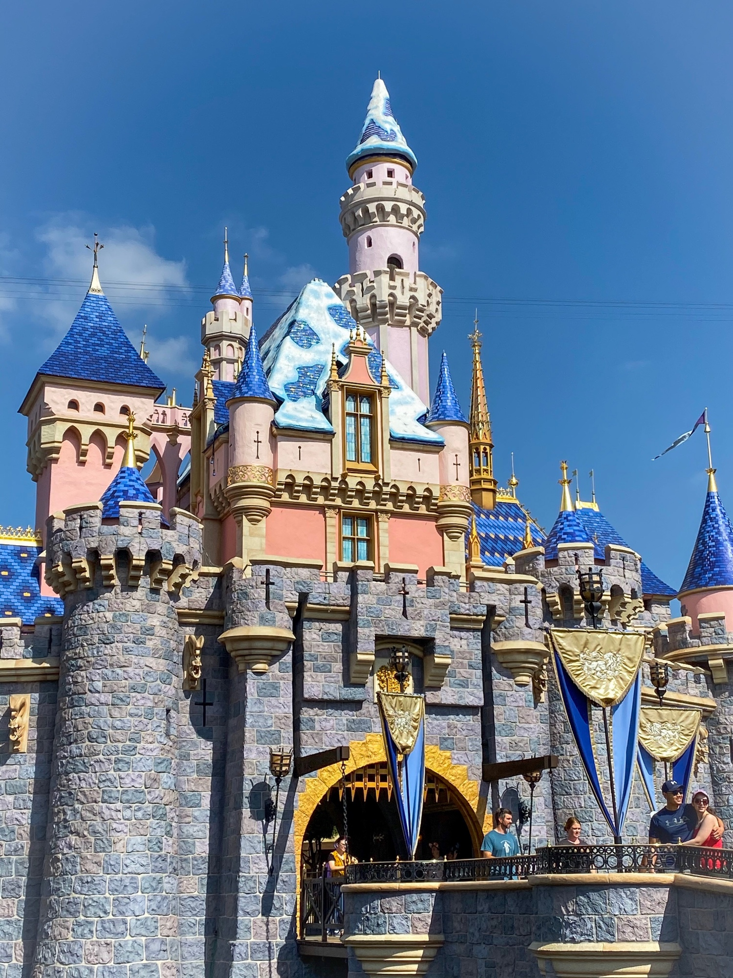 First Snowfall Added To Sleeping Beauty Castle For 2019