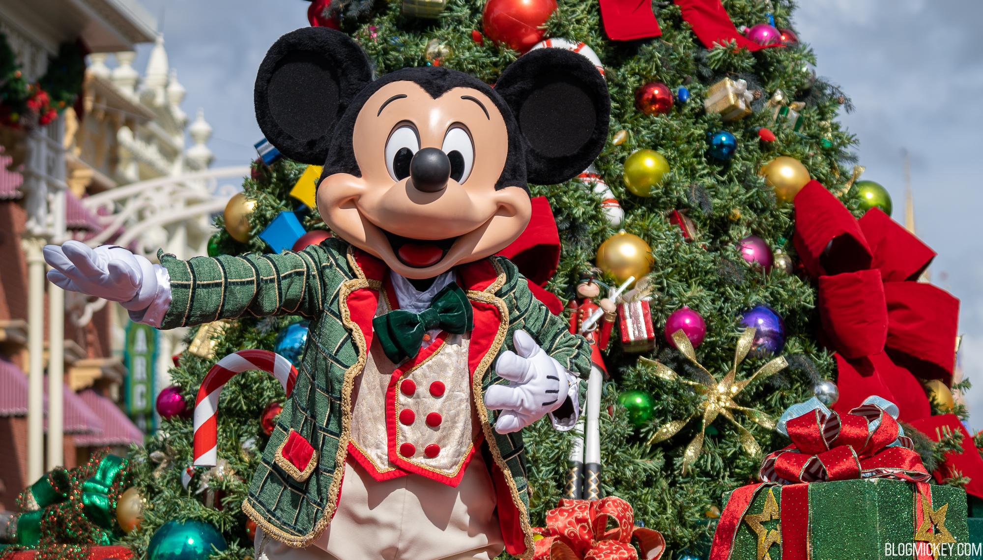Mickey S Holiday Cavalcade Debuts For 2020 Christmas Season At Magic Kingdom