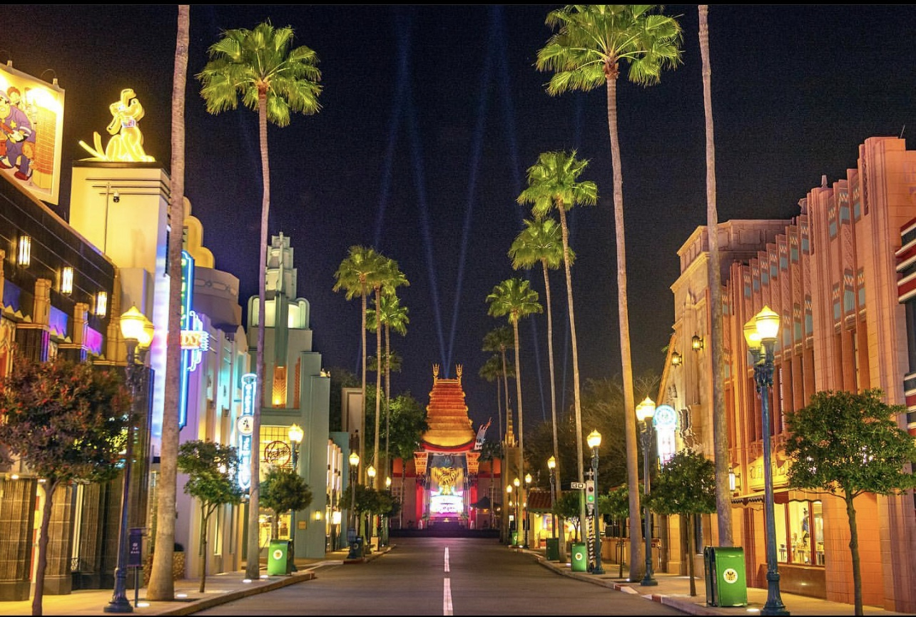 Chinese Theater to Feature Nightly Spotlights as Part of Premiere Night,  Every Night Look at Disney's Hollywood Studios