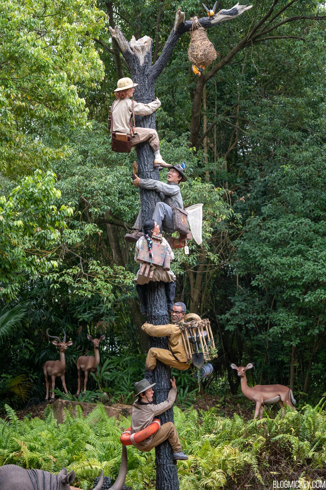 trapped-safari-jungle-cruise-2.jpg